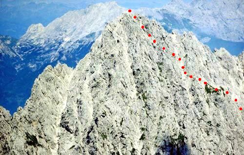 Alpi carniche arrampicate sul monte siera 2448 m il for Prato verde